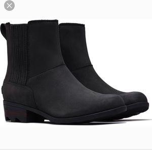 Sorel Lola Chelsea Boot